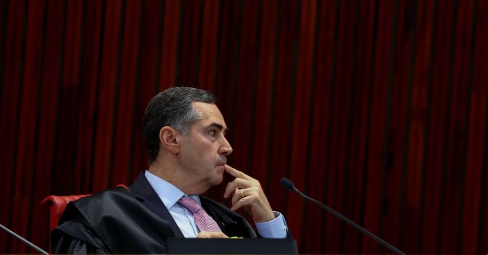31.ago.2018 - Ministro Luís Roberto Barroso durante julgamento da candidatura de Lula no TSE