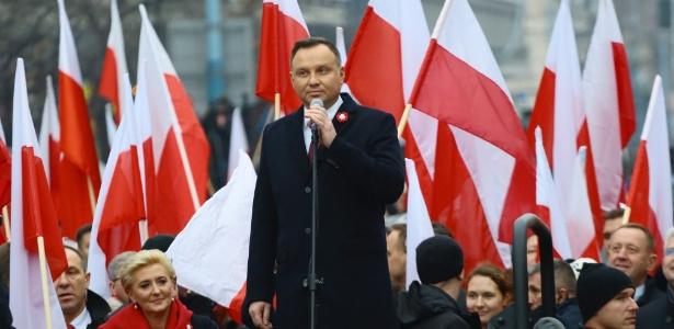 """Presidente da Polônia, Andrzej Duda, discursa no início da """"Marcha da Independência"""""""