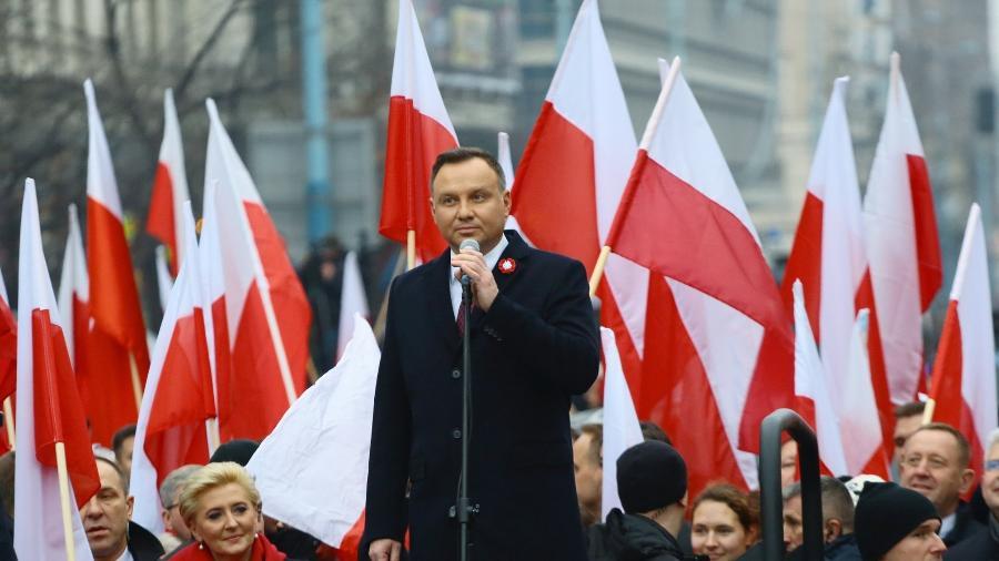 """11.nov.2018 - Presidente da Polônia, Andrzej Duda, discursa no início da """"Marcha da Independência"""", comemorando os 100 anos da independência da Polônia, na capital Varsóvia - Agata Grzybowska/Agência Gazeta/Reuters"""