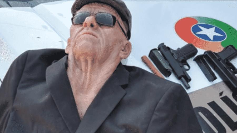 Ladrão usa máscara de idoso para tentar roubar banco em Jaraguá do Sul (SC) - Reprodução/Band