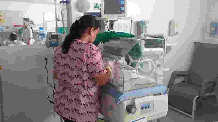 Bebê está internado na Utin da Maternidade Escola Santa Mônica, em Maceió - Ascom Santa Mônica