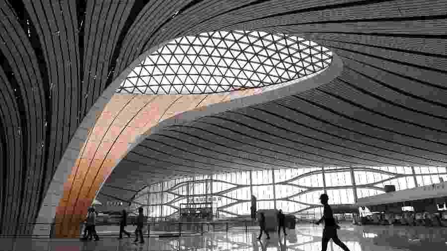 Aeroporto internacional de Daxing, em Pequim, que iniciou suas operações no dia 25 - Greg Baker/AFP