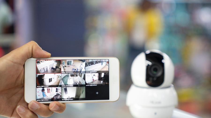 Câmeras ajudam a aumentar a proteção da sua residência, tornando o espaço mais seguro e tranquilo - Getty Images