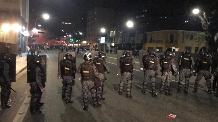 Tropa de choque dispersa manifestantes de ato contra Bolsonaro em São Paulo - Gabriel Toueg/UOL