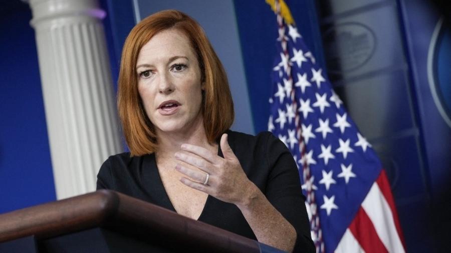 27.ago.2021 - A porta-voz da Casa Branca, Jen Psaki, em entrevista coletiva sobre o Afeganistão - Drew Angerer/Getty Images via AFP
