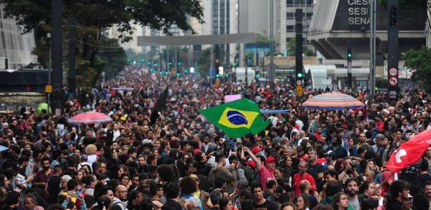 Protestos contra e a favor do impeachment e contra o atual governo marcam as eleições