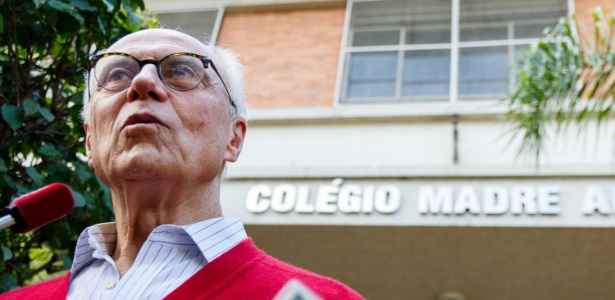 O candidato a vereador de São Paulo Eduardo Suplicy (PT) votou no Colégio Madre Alix no Jardim Paulistano, zona oeste de São Paulo, na manhã deste domingo