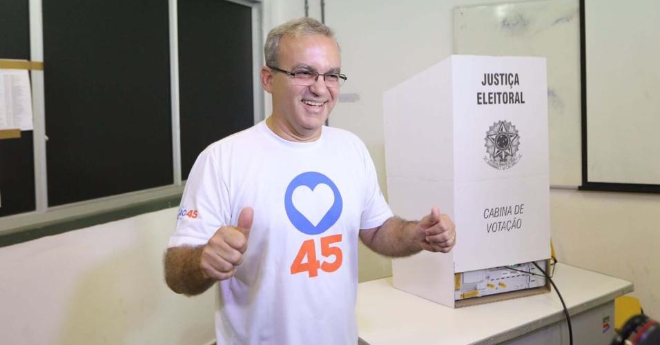 2.out.2016 - Firmino Filho (PSDB) foi reeleito prefeito de Teresina, no Piauí, com 51,14% dos votos válidos. O segundo lugar ficou com Dr. Pessoa (PSD), com 39,77%