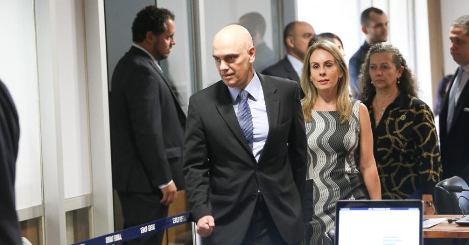 Alexandre de moraes chega para sabatina na ccj do senado for Alex muralha e esposa