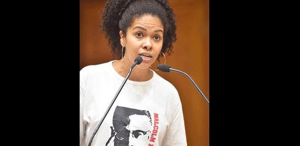 A camiseta da vereadora Karen Santos (PSOL) gerou discussão na Câmara