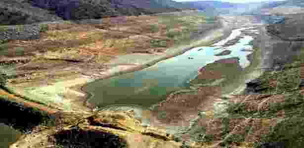 No 7º ano de seca, metade dos reservatórios do semiárido está abaixo de 10% - Compesa - Compesa