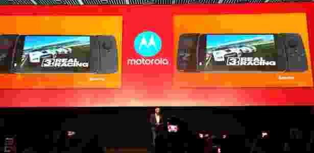 Moto Snap de GamePad - Márcio Padrão/UOL - Márcio Padrão/UOL