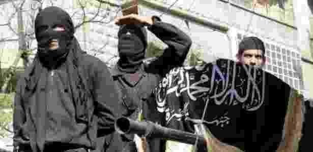 Métodos empregados pelo Estado Islâmico, que incluem decapitações e crucificações, são considerados extremos até por grupos como a Al-Qaeda - Karam Al-Masri/AFP - Karam Al-Masri/AFP