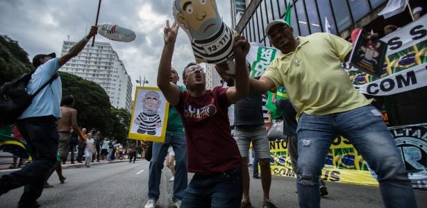 Após condenação de Lula, manifestantes fazem atos pelo país