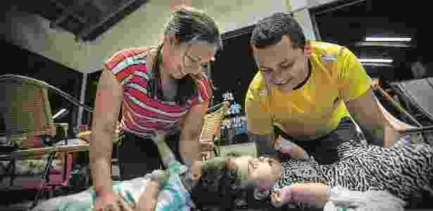 As gêmeas Maria Ysabelle e Maria Ysadora, antes da cirurgia em Ribeirão Preto - Marlene Bergamo/Folhapress - Marlene Bergamo/Folhapress