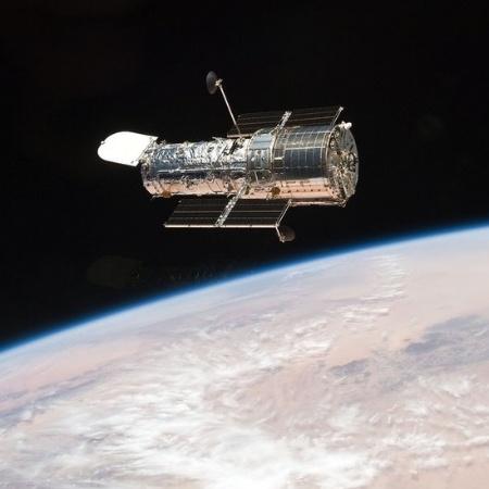 O telescópio espacial Hubble, da Nasa, se dedica a fotografar o espaço desde seu lançamento, em 24 de abril de 1990 - NASA