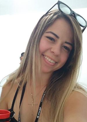 Ana Carolina Lessa tinha 19 anos e era estudante de enfermagem  - Reprodução/Facebook
