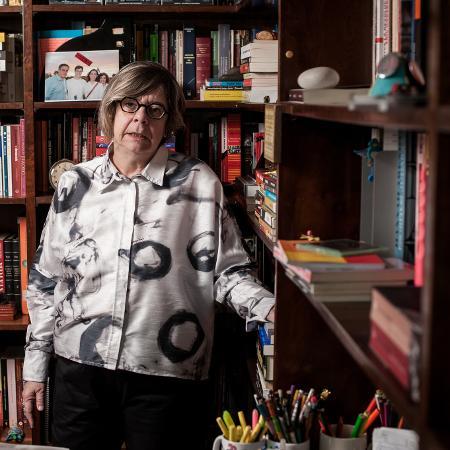 A historiadora Heloisa Starling em seu apartamento, em Belo Horizonte - Alexandre Rezende/Folhapress