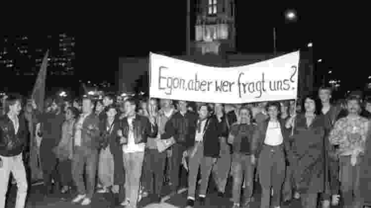 Três mil pessoas protestaram contra o líder comunista, em 24 de outubro de 1989 - Getty Images