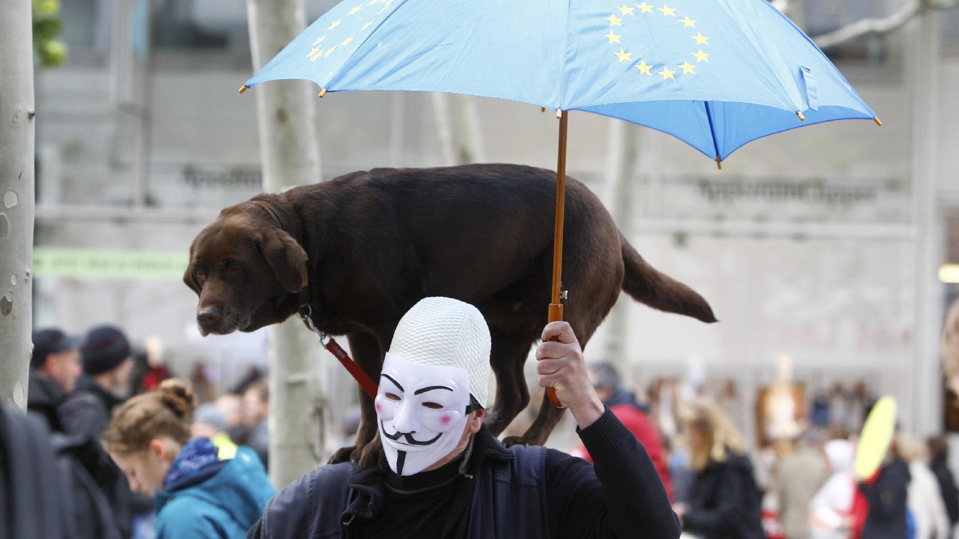 Ralph Orlowski/Reuters