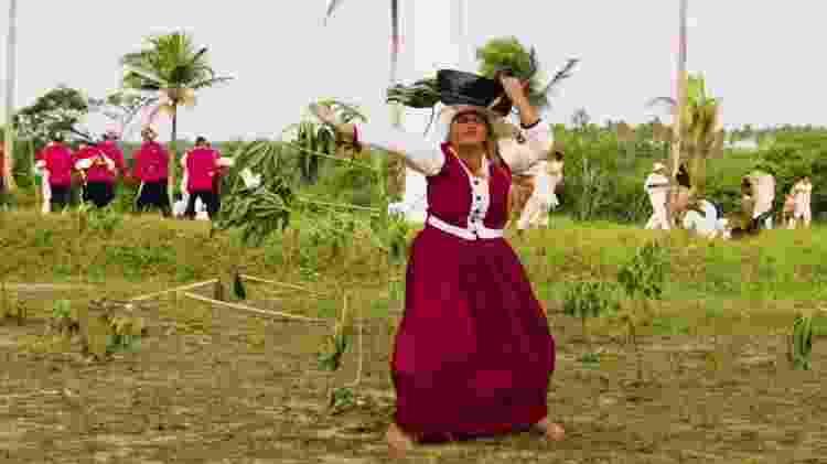 Dayse Alves interpreta Maria Camarão, protagonista da história de Tejucupapo - Grupo Cultural Heroínas de Tejucupapo/Divulgação