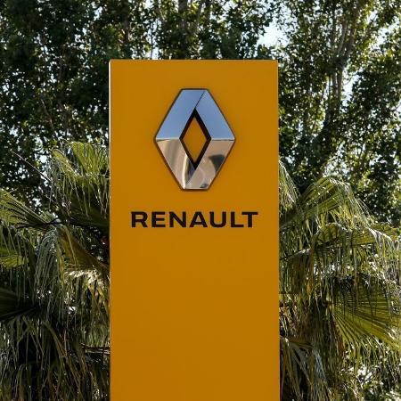 A Renault também registrou uma queda de 21,3% nas vendas em ritmo anual, com menos de três milhões de veículos vendidos - Denis Thaust/SOPA Images/LightRocket via Getty Images