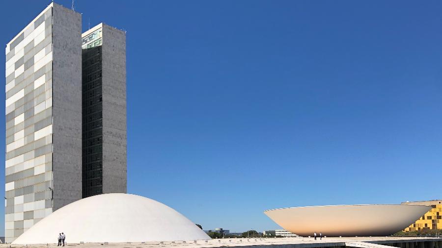 De ontem para hoje, PEC do Fundeb e prorrogação de auxílio a Estados e municípios foram aprovados - Luciana Amaral/UOL