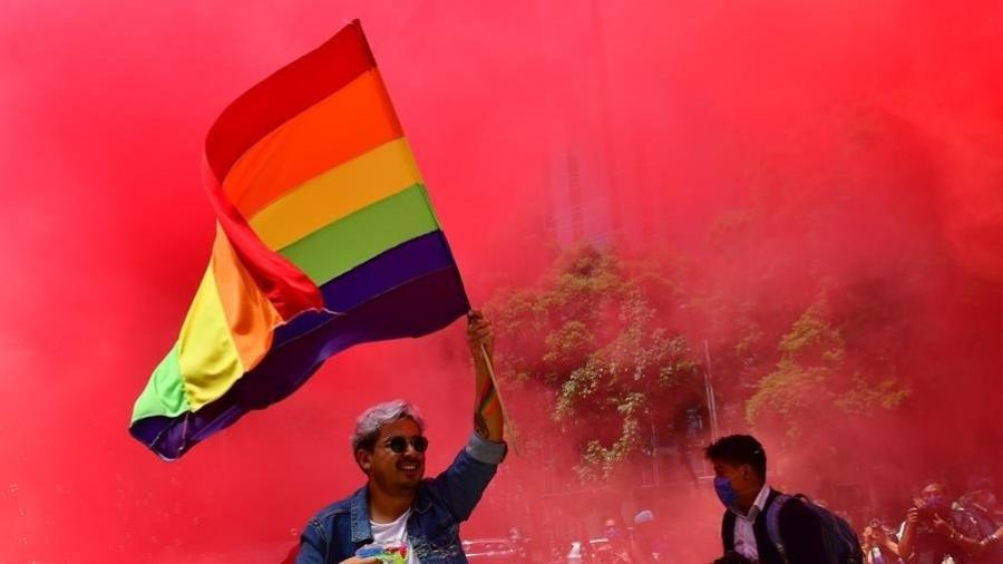 Tentativa de celebrar orgulho hétero foi ironizada nas redes - Jorge Núñez/EFE