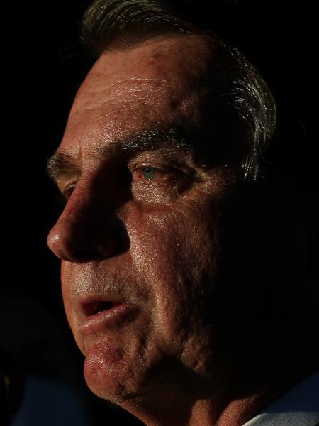 12.jul.2021 - O presidente Jair Bolsonaro (sem partido) fala com a imprensa após deixar o STF - Pedro Ladeira/Folhapress