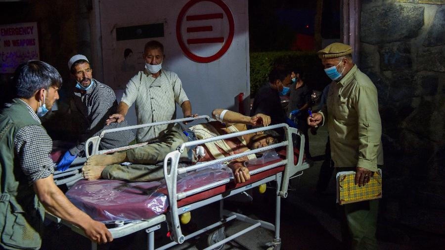 Imagem de arquivo; país enfrenta crise humanitária, provocada pelas milhares de pessoas deslocadas pela violência durante a campanha dos talibãs - Wakil Kohsar/AFP