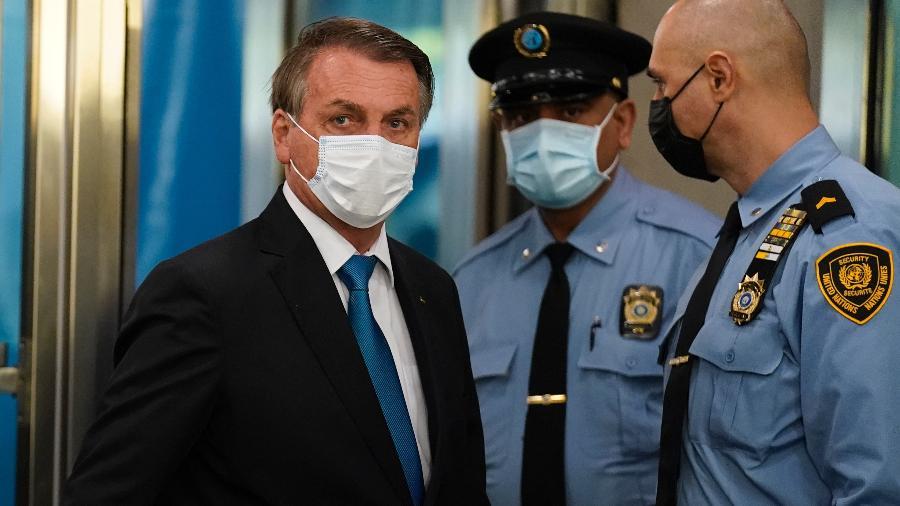 21.09.21 - O presidente Jair Bolsonaro (sem partido) chega à sede da ONU, em Nova York, para discursar na Assembleia-Geral - John Minchillo-Pool/Getty Images