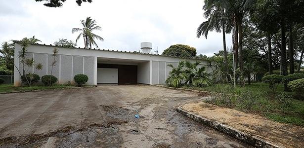 Residência oficial do ministro-chefe da Casa Civil, que está à venda
