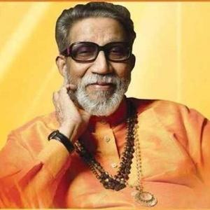 Bal Keshav Thackeray, o líder do partido nacionalista hindu Shiv Sena