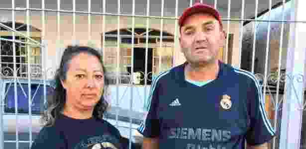 O casal Marli Brizola e José dos Santos mora na Cidade Industrial, em Curitiba - Janaina Garcia/UOL