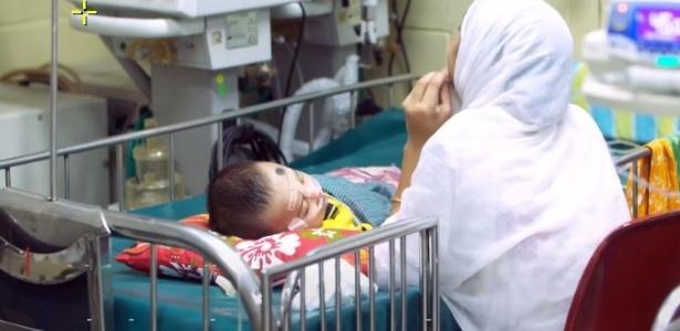 Projeto de médico de Bangladesh | Acredite: Tubo de plástico usado pode salvar bebês da pneumonia
