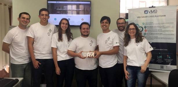 Equipe da startup brasileira VM9
