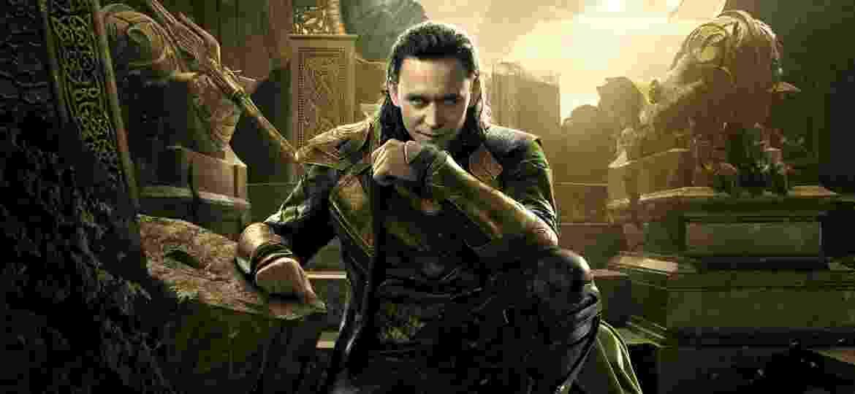 """Tom Hiddleston como Loki em """"Thor: Mundo Sombrio"""" - Divulgação"""