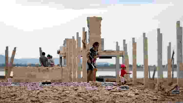 Na época, o templo era o centro da comunidade, utilizado para realizar rituais, festas e atividades educativas, além de funcionar como playground e área de lazer. - Soe Zeya Tun/Reuters