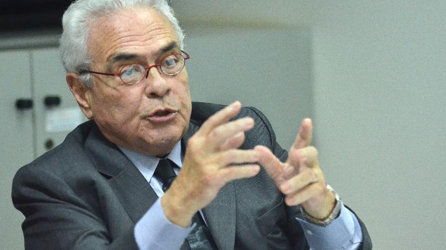 18.dez.2014 - O ex-ministro da Justiça José Carlos Dias foi integrante da Comissão da Verdade - José Cruz/Agência Brasil