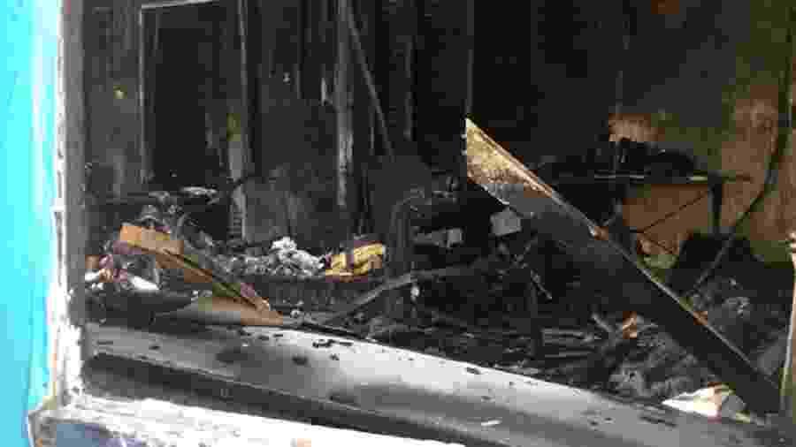Bombeiros afirmaram que incêndio começou no sótão - Reprodução/Twitter