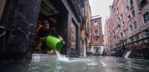 Inundações | Veneza enfrenta outra maré alta neste domingo