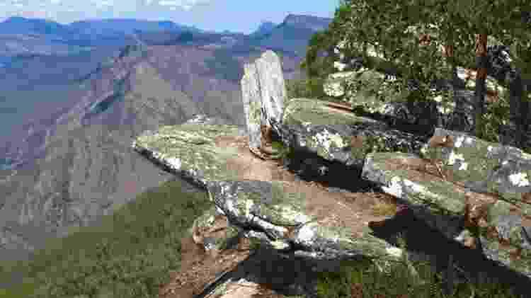 Penhasco no Parque Nacional Grampians, na Austrália - Wikimedia Commons  - Wikimedia Commons