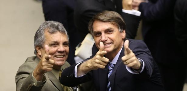 Bolsonaro e o deputado Alberto Fraga (DEM-DF)