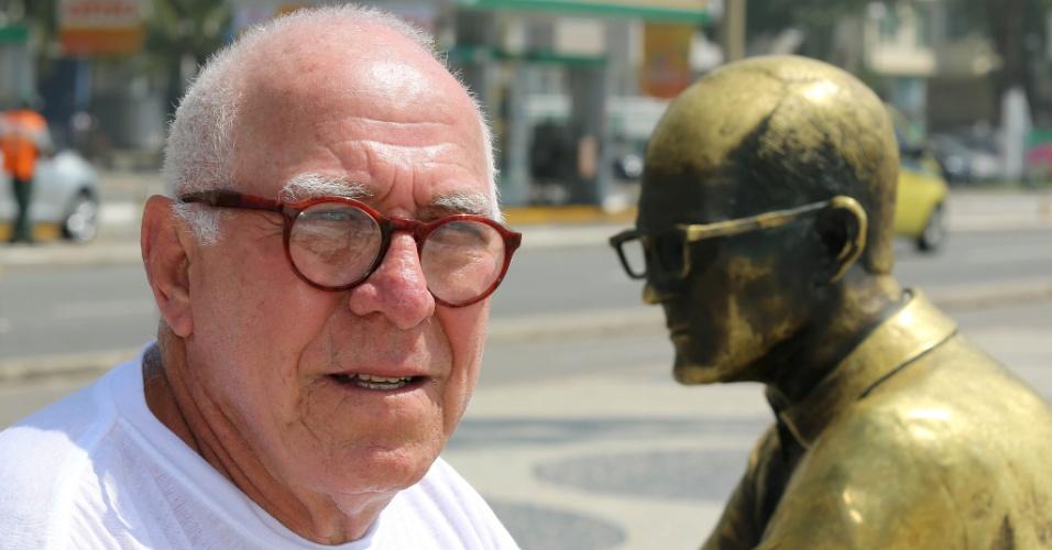 24.set.2015 - Para o jornalista Umberto Borges, 72, a polícia