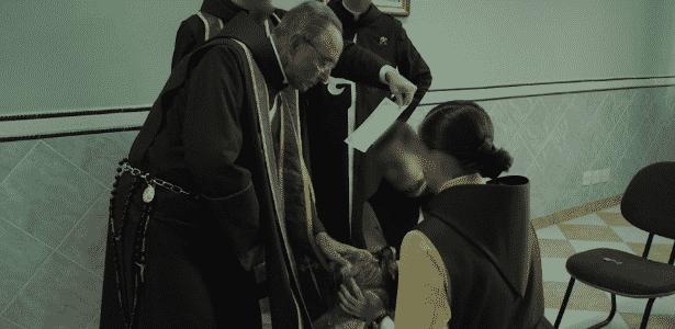 Monsenhor João Scognamiglio Clá Dias, ex-líder dos Arautos do Evangelho, realiza ritual - Reprodução
