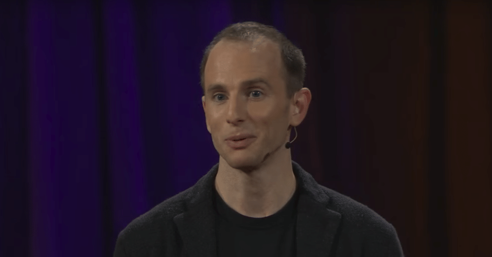 Joe Gebbia é cofundador do Airbnb