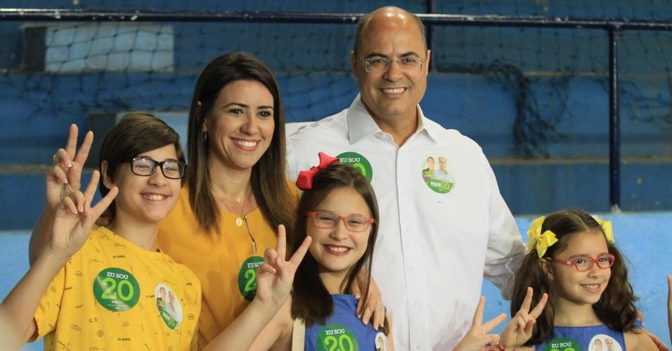 28.out.2018 - Wilson Witzel (PSC), candidato ao governo do Rio de Janeiro, vota no Grajaú Country Club