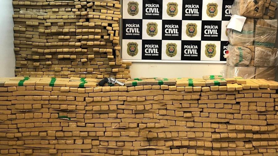 1,2 tonelada de maconha estava em uma casa em Minas Gerais - Divulgação