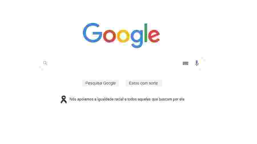 Página inicial da Google com símbolo de luto - Reprodução