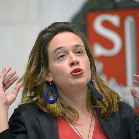 A deputada Isa Penna foi apalpada pelo colega Fernando Cury no plenário da Alesp - Arquivo Agência Alesp